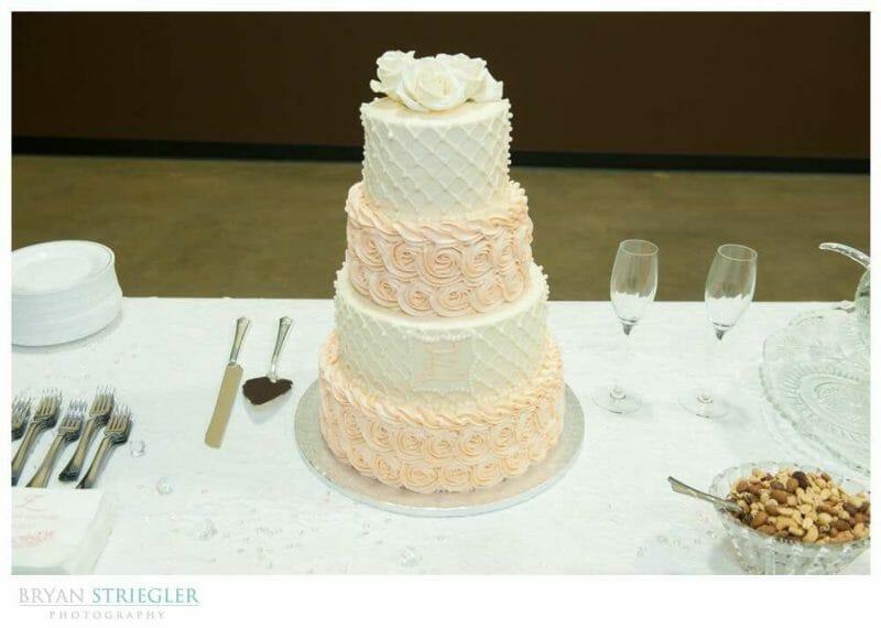 Arkansas Wedding pink and white cake