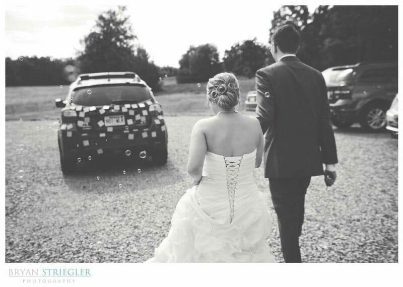 Arkansas Wedding exiting toward car