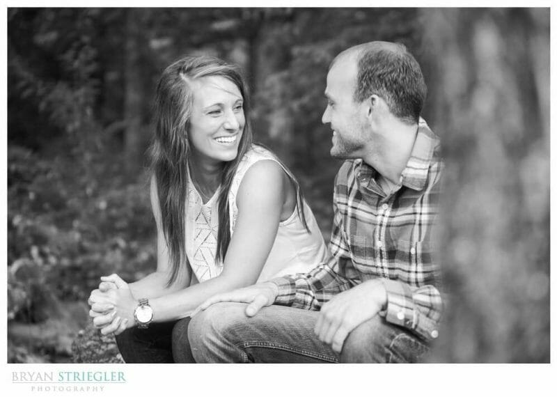 Arkansas Engagement Photos black and white