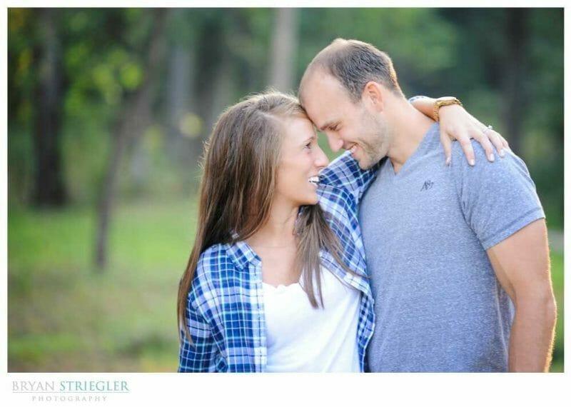 Arkansas Engagement Photos head to head