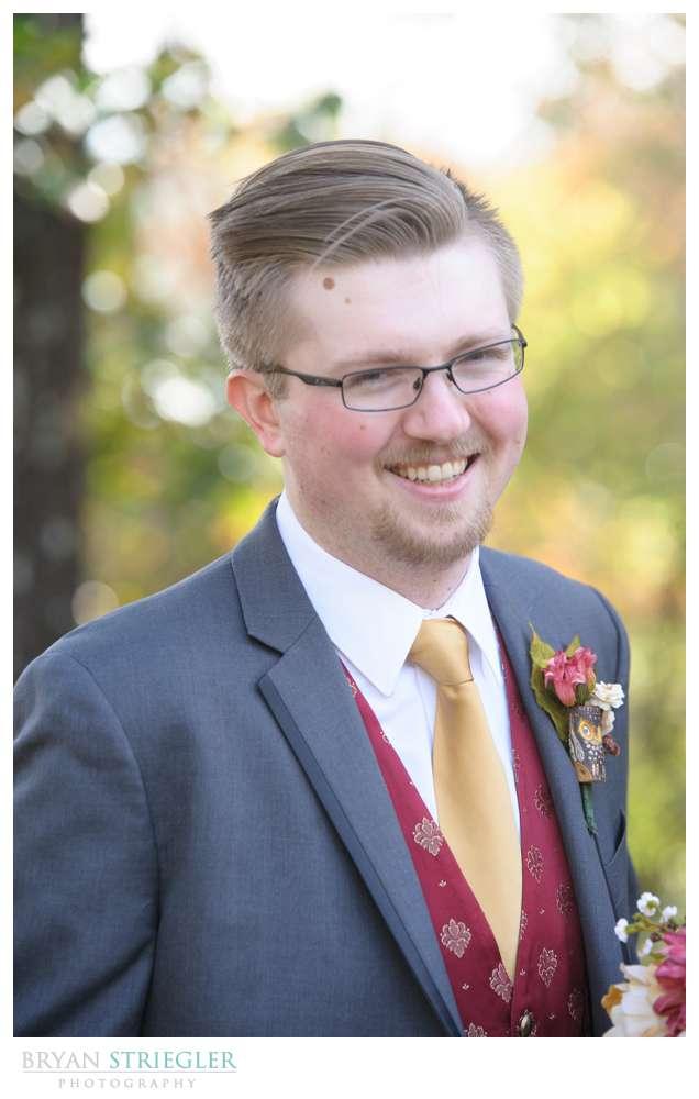 Eureka Springs Wedding Photographer groom laughing