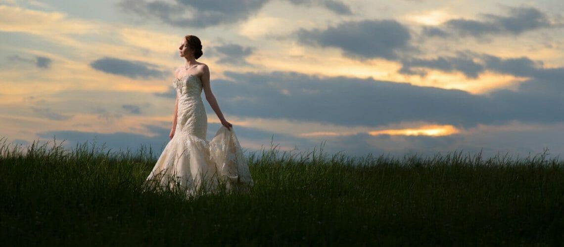 Sunset bridal portrait at Cane Hill