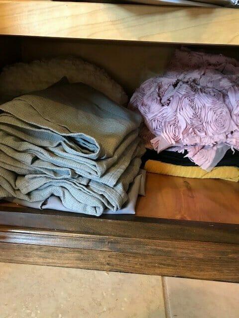 storing cloth backdrops