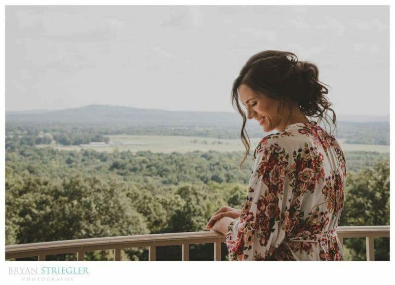 bride on balcony of Autumn's Ridge