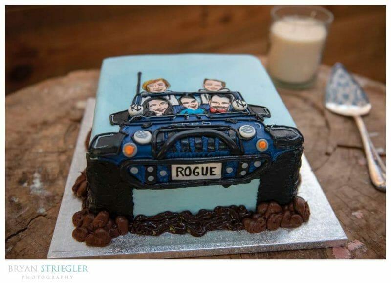 Groom's cake with jeep