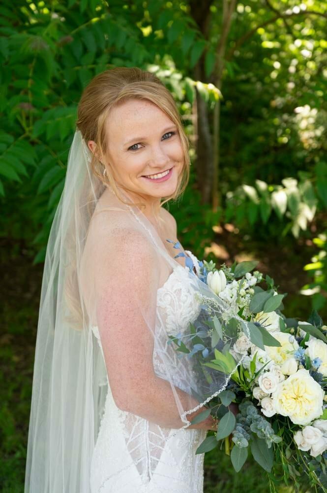 bride at MattLane Farm with red hair