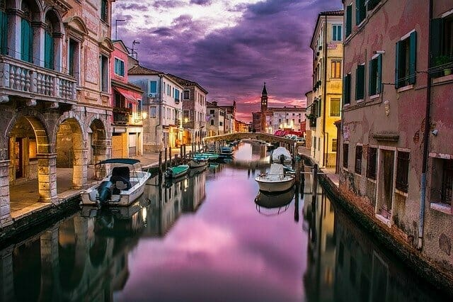 canal in Italy for wedding abroad