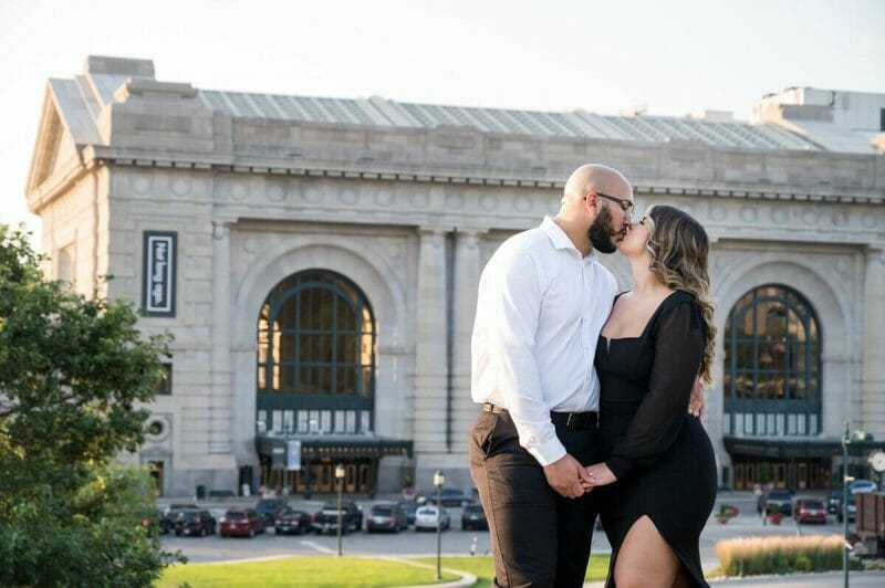engagement photos in front of Union Station in Kansas City